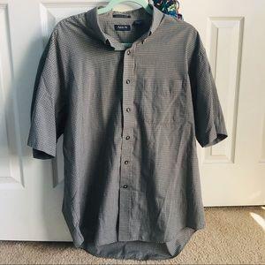 mens Arrow gray checkered button down shirt L